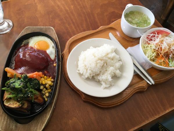 ハンバーグランチ1100円