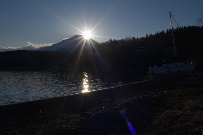 山名湖のダイヤモンド富士