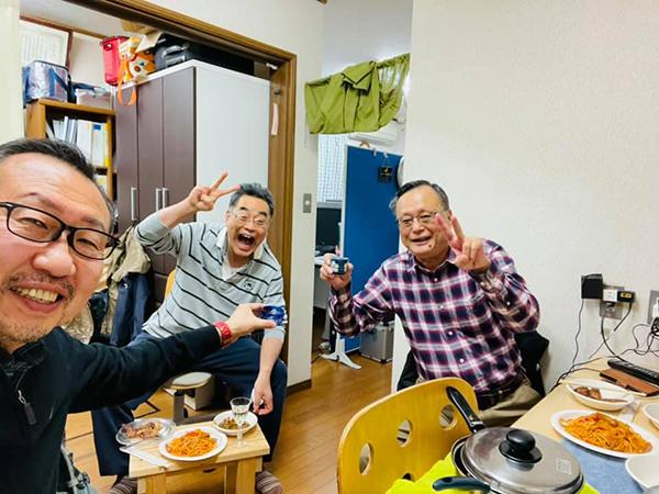 日本酒、春鶯囀(しゅんのうてん)で乾杯
