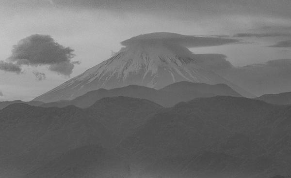 遊・湯ふれあい公園からの富士山