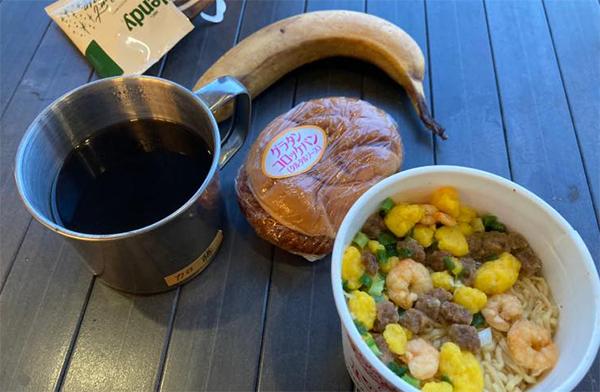 森掛川SAで夕食