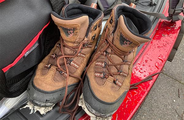 登山靴壊れました