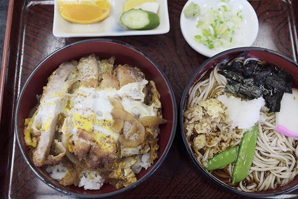 ミニかつ丼+蕎麦ランチ