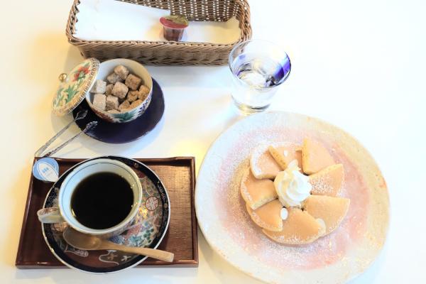 メリーのホットケーキとコーヒーセット1100円