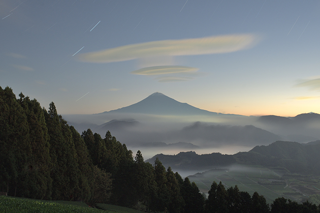 UFO雲うかぶ秋空