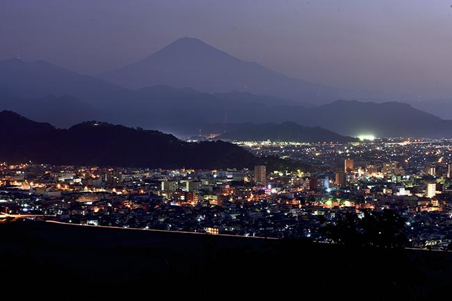 静岡市夜景と富士山