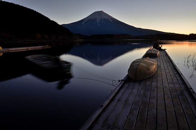 釣り師たちの朝