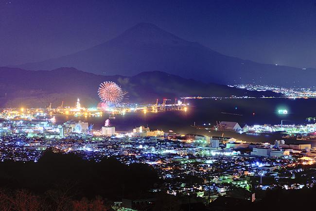 日本平での富士山とカウントダウン花火の撮影